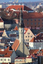 Tallinna Raekoda. Vaade tornile. 25.01.2017. Foto: Timo Aava