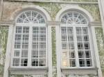 Magasini 1a kiriku lõunakülje restaureeritud aknad. Foto Egle Tamm, 17.01.2018.