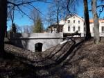Arkna mõisa kivisild 1. Foto: Raili Uustalu 13.04.2018. Kaugvaade sillale kagust.