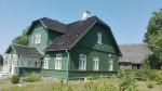 Tammsaare Põhja talu uus elumaja ja rehielamu, vaade kagust. Foto: K. Klandorf 01.08.2018.