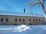 Vinni mõisa peahoone. Foto: Raili Uustalu 24.01.2019. Kaugvaade hoonele kagust.