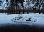 Udriku mõisa park. Foto: Raili Uustalu 07.12.2018. Vaade üle tagaväljaku tiikide suunas.