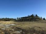 Maasi linnus Lipi jõe kaldalt vaadatuna. Foto: Keidi Saks, 25.02.2019