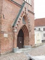 Jaani 5 vaade Jaani kiriku vimpergile. Foto Egle Tamm 10.04.2019.