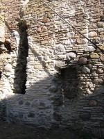 Toolse linnuse varemed : 15951 vaade edelatornile:rem-tugevndustööd 2009.  Autor Anne Kaldam  Kuupäev  07.09.2009