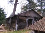 Kaarli talu puukuur :15925 vaade lõunast paremal kelder Autor Anne Kaldam  Kuupäev  22.10.2010