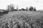 Ohvriallikas ja maa-alune kalmistu. Foto: M. Pakler, 11.10.1979.