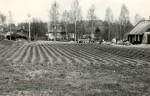 Asulakoht - lõunast. Foto: M. Pakler, 14.05.1987.