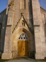 Nissi kiriku peaportaal. Foto: Kadri Tael nov. 2011