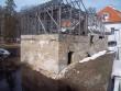 Vaade Ingliste mõisa vesiveskile silla pealt (kagust). K. Klandorf 11.04.2012