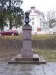 Faehlmanni monument eestvaates. Foto Egle Tamm, 20.04.2012.