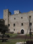 Rakvere linnuse varemed vallikraaviga :15740  siseõue põhjapoolne osa  Autor ANNE KALDAM  Kuupäev  19.06.2007