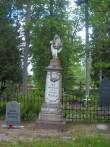Perek. Lüdig'ite hauaplats Kivi-Vigala kalmistul. K. Klandorf 05.06.2012