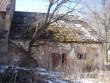 Hoone põhjapoolse avariilise osa tagafassaadilt. Foto: Sille Raidvere, 12.04.2012
