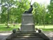 Vabadussõja mälestussammas Suure-Jaanis Parem külg Foto 13.06.2012 Anne Kivi