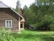 Uustalu elumaja :15878 vaade edelast elamu nurk, kaev15886, kelder15882  Autor Anne Kaldam  Kuupäev  18.08.2007