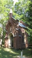 7086Tartu Raadi kalmistu Rauch-Seydlitzi kabel Vaade loodest Autor Lea Laidra Kuupäev 03.08.2012