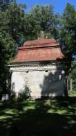 7084 Tartu Raadi kalmistu Telleri kabel Vaade Lõunast Autor Triinu Kaaret Kuupäev 03.08.2012