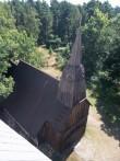 Vaade puukirikule Ruhnu uue kiriku tornist. Foto: Rita Peirumaa, 2012, 1.august