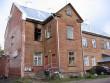 Kuperjanovi 52 hoovikülg põlenud aknaavaga. Foto Egle Tamm, 04.10.2012.