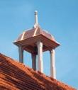 Raikküla mõisa ait-kuivati taastatud kellatorn. K. Klandorf 25.07.2012