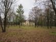 15665 Kihlevere mõisa park, näha peahoone esine pargiala.( lõunapoolne pargiala) 08.11.2012 Anne Kaldam