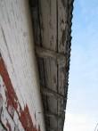 Jäneda mõisa karjalaut (15046), vaade hoone sarikaotstele. Foto: M.Abel, kuupäev 27.11.12