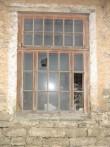 Kõljala mõisa aida aken. Foto: R. Peirumaa, 2009.a. oktoober