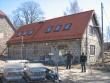 Lahmuse mõisa sepikoda õue poolt Foto Anne Kivi 19.04.2011