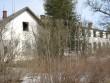 Aluvere külakooli hoone, reg. nr 5782. Vaade lõunast. Foto; Mirjam Abel, kuupäev 12.04.2013
