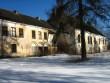 Hulja mõisa peahoone, reg. nr. 15659. Vaade hoone tagafassaadile lõunast, mõisa pargist. Foto: M.Abel, kuupäev 09.04.2013