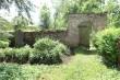 Simuna kirikuaia piirdemüür, reg. nr. 15623. Vaade lõunapoolsele jalgväravale. Foto: M.Abel, kp. 30.05.13