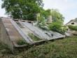 15643 Aaspere mõisa kasvuhoone, vaade sissevarisenud katusele foto: Anne Kaldam 08.07.2013