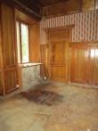 15624 Avanduse mõisa peahoone, katuse läbijooksu tulemusenat märgunud põrand.24.09.2013