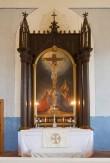 """Altarimaal """"Kristus ristil"""" (õli, lõuend). Kingitud 1896 Foto: Tõnis Nurk, 2009"""
