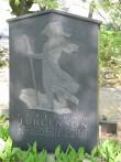 Perekond Jürgensoni hauasammas. J. Raudsepp, 1937 (graniit)