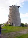 Kalme (reg nr 17673) koos sellel paikneva tuulikuga. Foto Armin Rudi, 01.06.2004