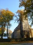 Tornikiivri ehitamine kiriku kõrval. 07.10.2014. Foto: Keidi Saks.