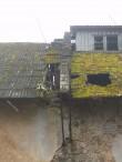 Valguta mõisa aida avariiline katus. Foto autor I. Raudvassar 30.10.2014
