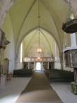 Muhu kiriku sisevaade lääne suunas. Foto: Keidi Saks, 04.06.2015