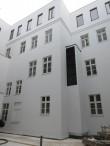 Ülikooli 14 hoovivaade restaureeritud akendega. Foto Egle Tamm, 04.02.2016.