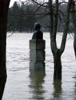 Hunnius üleujutuse ajal  Autor Tõnis Padu  Kuupäev  09.01.2005
