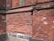 Narva mnt 104 kahjustunud tellismüür  Autor Egle Tamm  Kuupäev  17.04.2009
