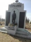Vabadussõjas hukkunute matmispaik mälestussambaga Järva-Peetri kirikuaias. Foto: K. Klandorf 10.04.2017.