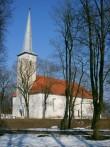 Jõhvi kirik vallikraaviga,14.-16.saj.  Autor Tõnis Taavet