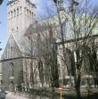Oleviste kirik 1990. aastatel. Foto: Viktor Salmre, Eesti Rahva Muuseum