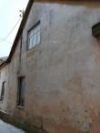 Elementaarkooli hoone, vaade väljavajunud seinaosale. Foto: M.Abel, kp 15.01.18
