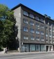 Hariduse 13. Pärnu mnt poolne fassaad. Juuli 2017. Foto: Timo Aava