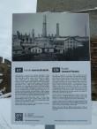 Kunda tsemendivabriku klinkerveski hoone. Foto: Raili Uustalu 08.03.2018. Vaade infotahvlile.