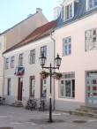 Raekoja plats 1 platsipoolsed restaureeritud fassaadid. Foto Egle Tamm 28.06.2018.